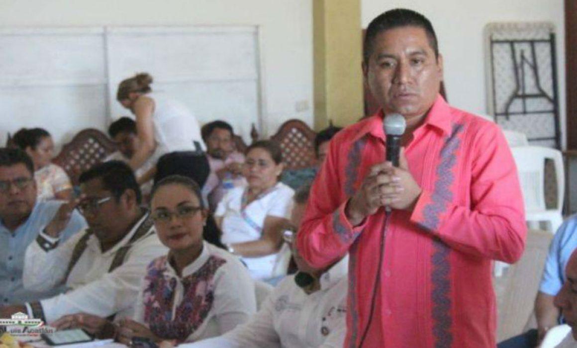 Ve alcalde tintes políticos en retención de policías en San Luis Acatlán