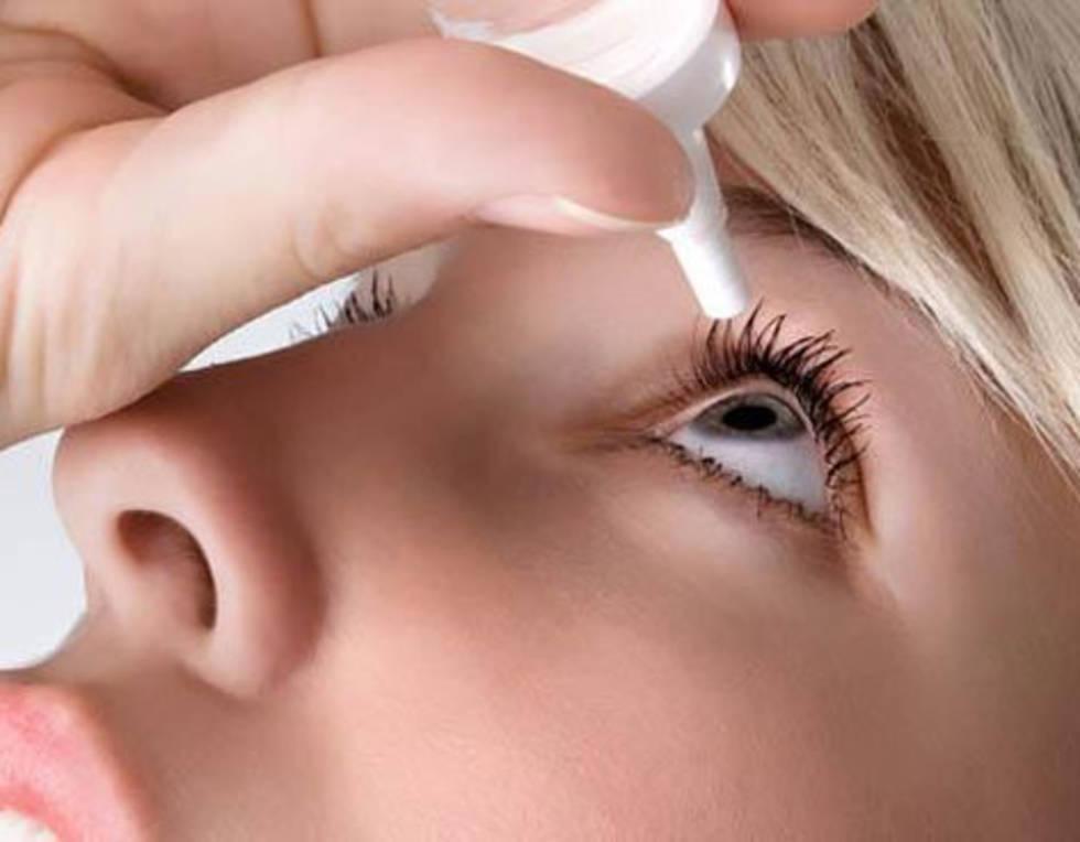 El ojo seco puede desarrollarse por la edad, pero requiere atención médica