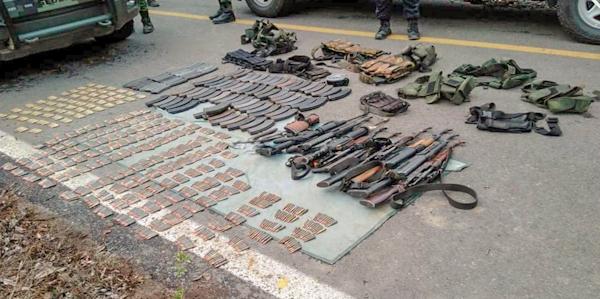 Se enfrentaron dos bandas de criminales en Petatlán