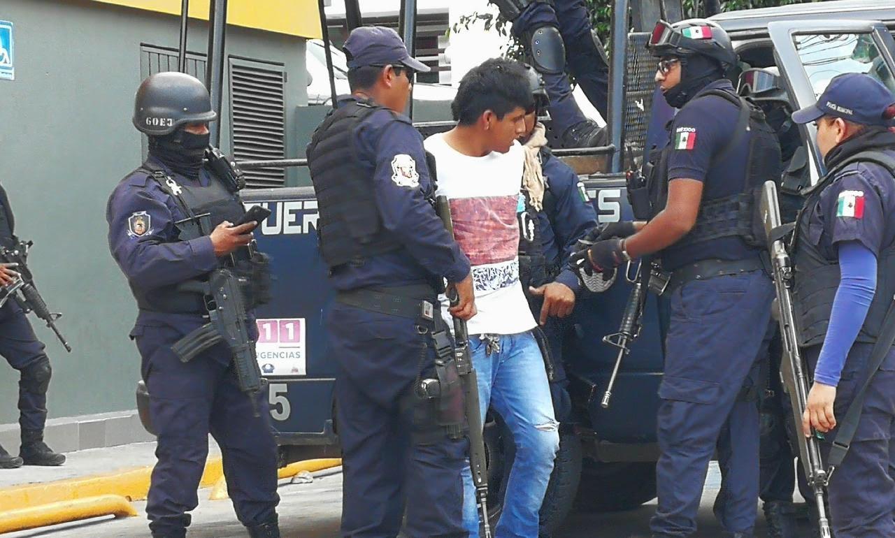 Chilpancingo: En «mega operativo» detienen a un menor con una porción de marihuana
