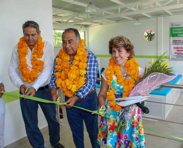 Obras de impacto inaugura Astudillo en La Montaña