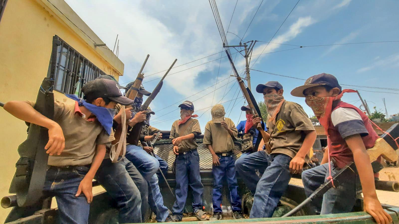 Rechaza gobernador desfile de niños armados