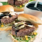 Hamburger di manzo con salsa all'aceto balsamico