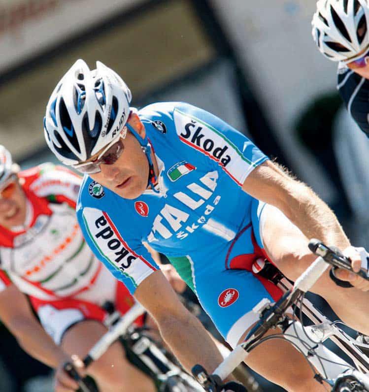 Lettere: voglio Giorgia Bronzini e i ciclisti paralimpici in copertina