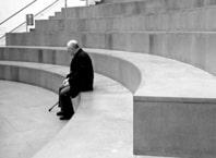 La solitudine degli anziani: un problema da affrontare in famiglia