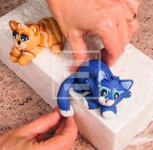 """Torta 3d """"Tre gatti sul divano"""": perfetta per una festa a tema!"""