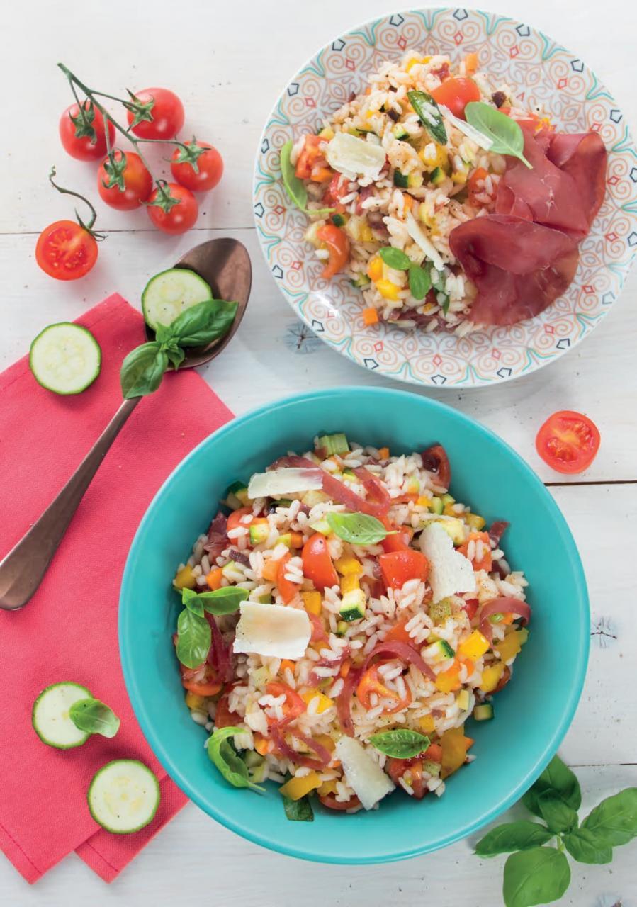 Insalata di riso con bresaola, olive e parmigiano