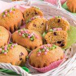 Muffin ai mirtilli con farina integrale e farina d'orzo integrale