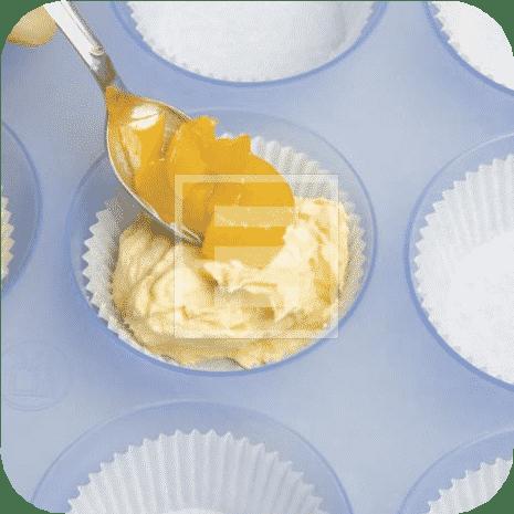 Muffin con albicocche sciroppate: ricetta facile