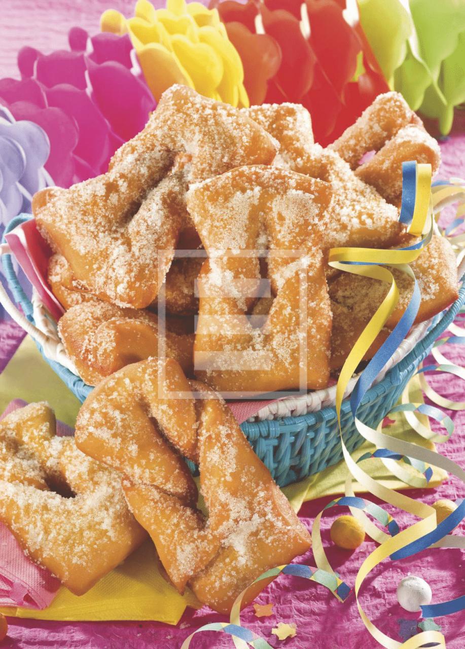 Ricetta dei Nastri zuccherati alle mandorle: un dolce sfizioso per Carnevale