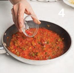 Burger vegetariano con spinaci e salsa piccante
