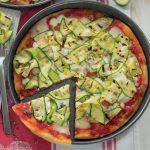 Pizza con taleggio e zucchine da gustare durante la partita