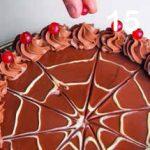 Torta con crema all'arancia e cioccolato gianduia