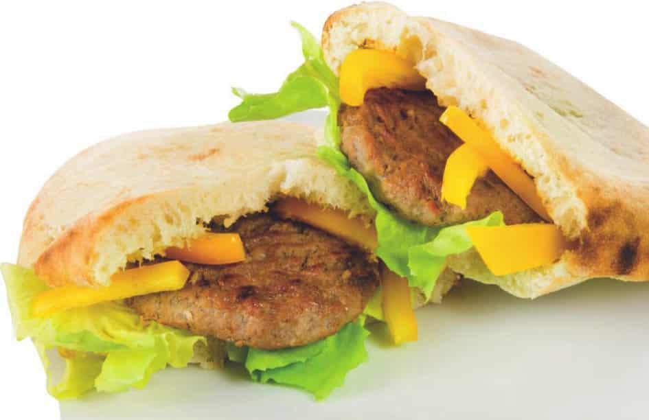 Pita con hamburger di manzo in salsa messicana di pomodoro