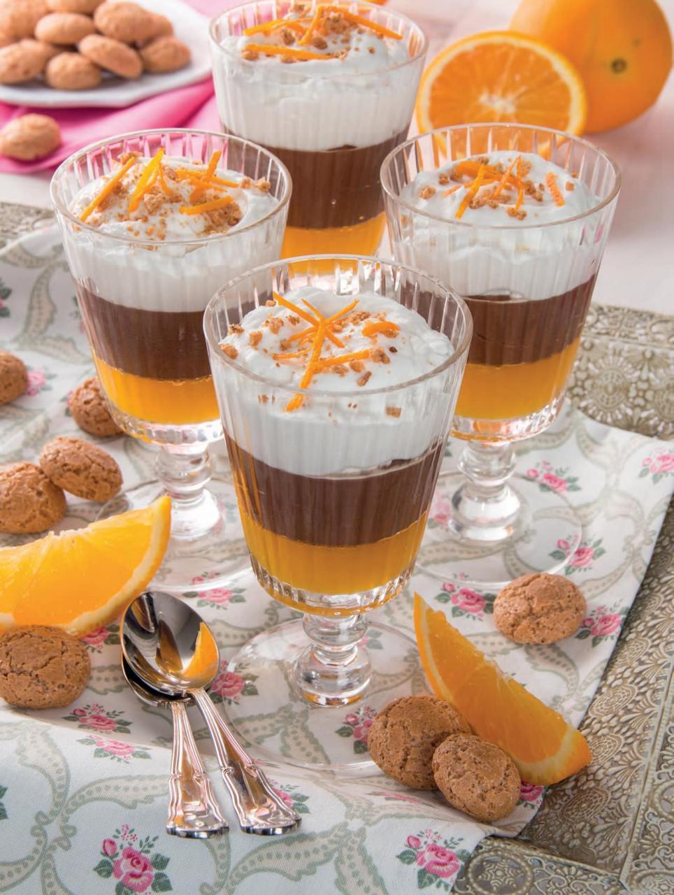 Coppe al cioccolato, gel di arancia e mascarpone