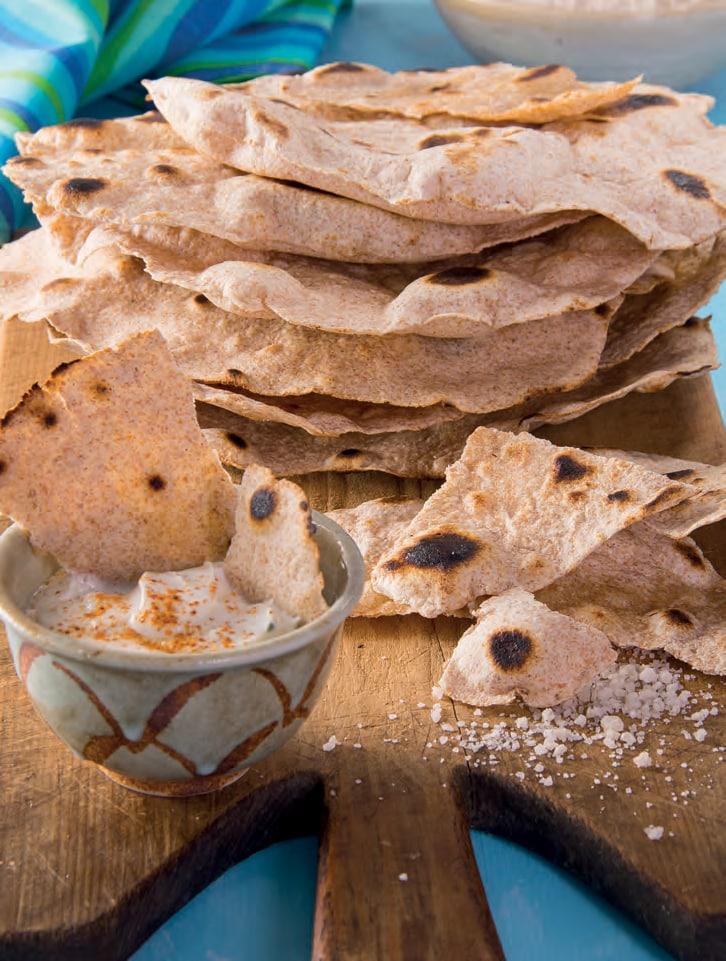 Pane chapati con salsa raita alla menta