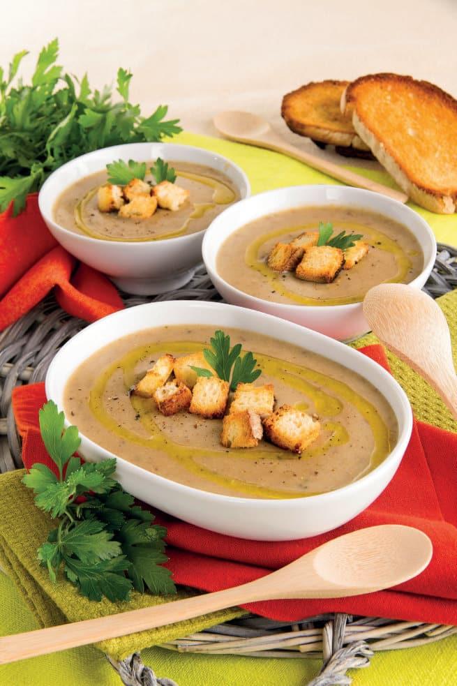 Zuppa montanara di funghi e patate