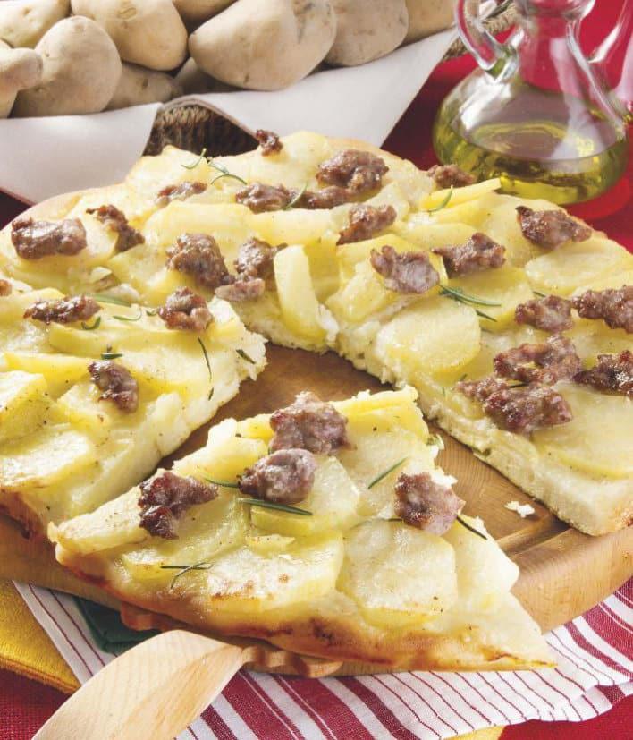 Ricetta della focaccia con patate e salsiccia