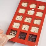 Cioccolatini tris ai tre cioccolati: ricetta illustrata