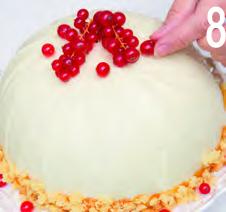Zuccotto di pandoro con crema al mandarino e cioccolato bianco