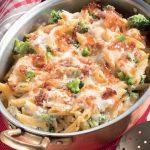 Pasta al forno con broccoli, scamorza e speck