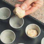 Babà salati con prosciutto, salame e provolone a cubetti