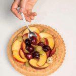 Crostata frangipane con frutta estiva