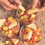 Tartare di tonno con fragole, kiwi e ananas