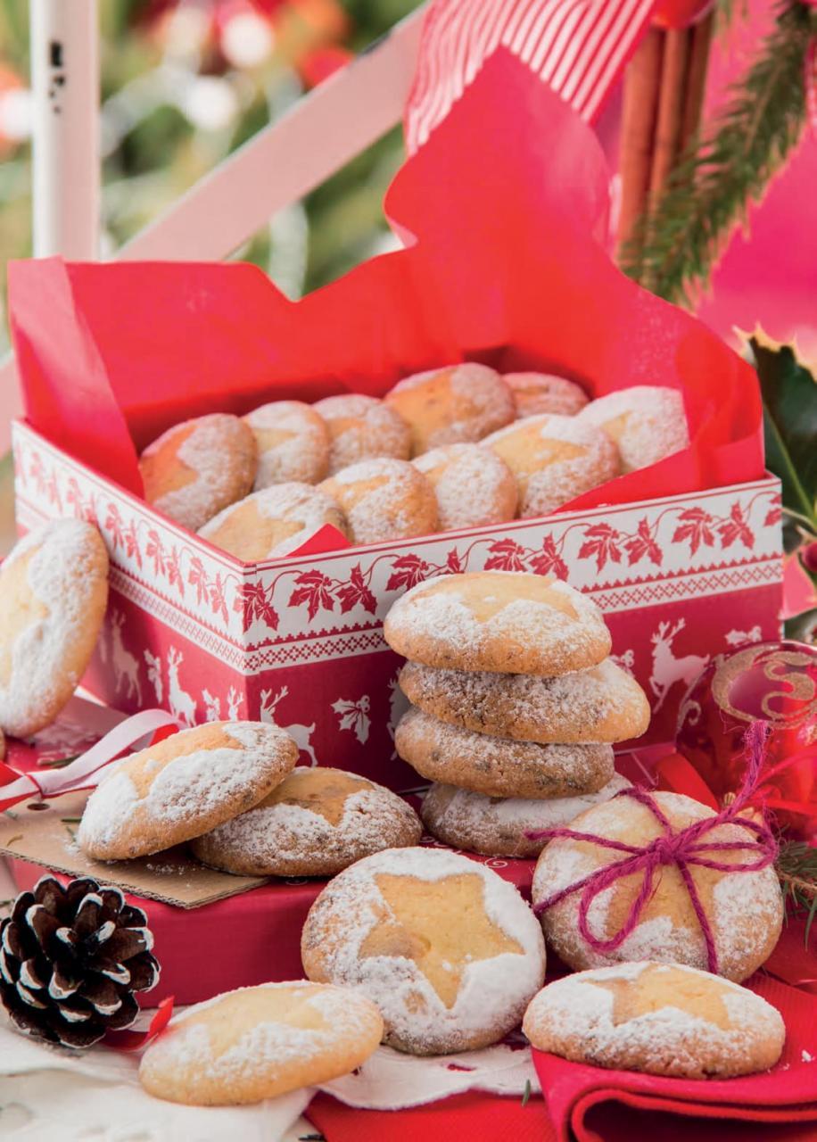 Biscotti morbidi con mandorle e cioccolato bianco