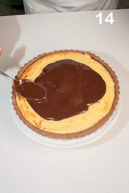 Crostata extra cremosa al semolino e cioccolato