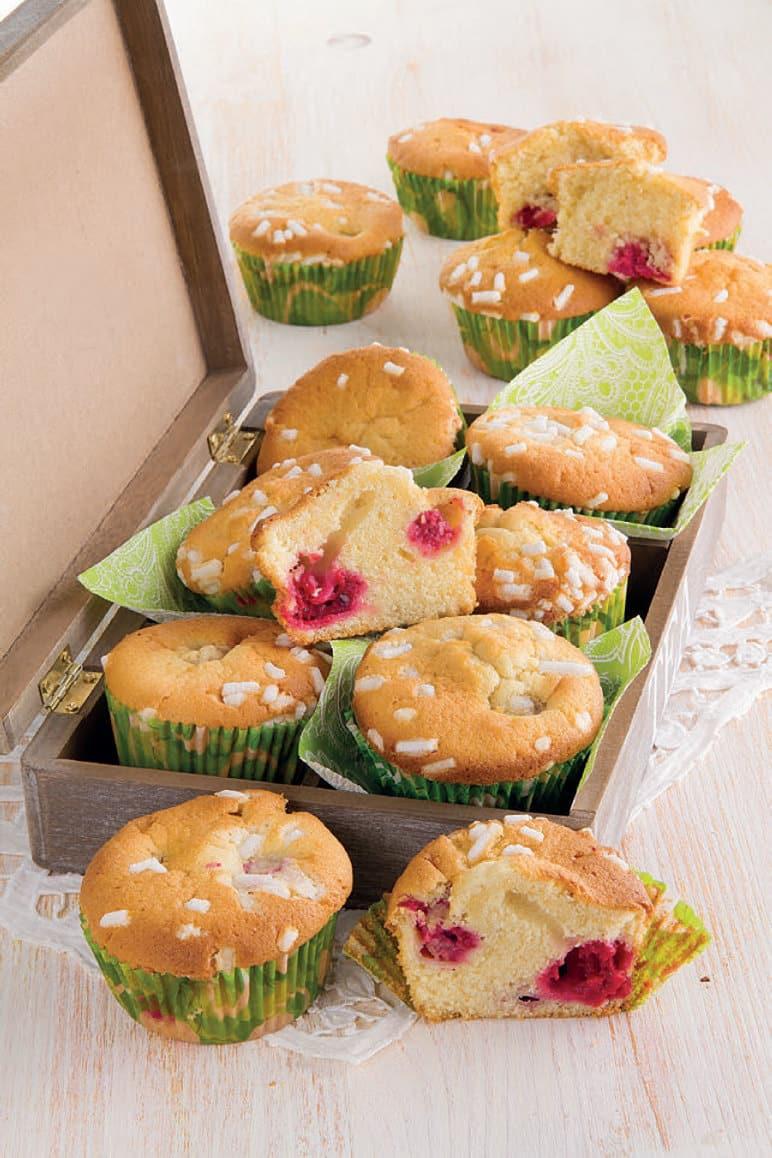 Muffin velocissimi con lamponi e Sangue Morlacco