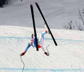 Incidenti e cadute sugli sci, i più frequenti e consigli dell'esperto