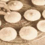 Muffins lady con vaniglia, mandorle e dragés