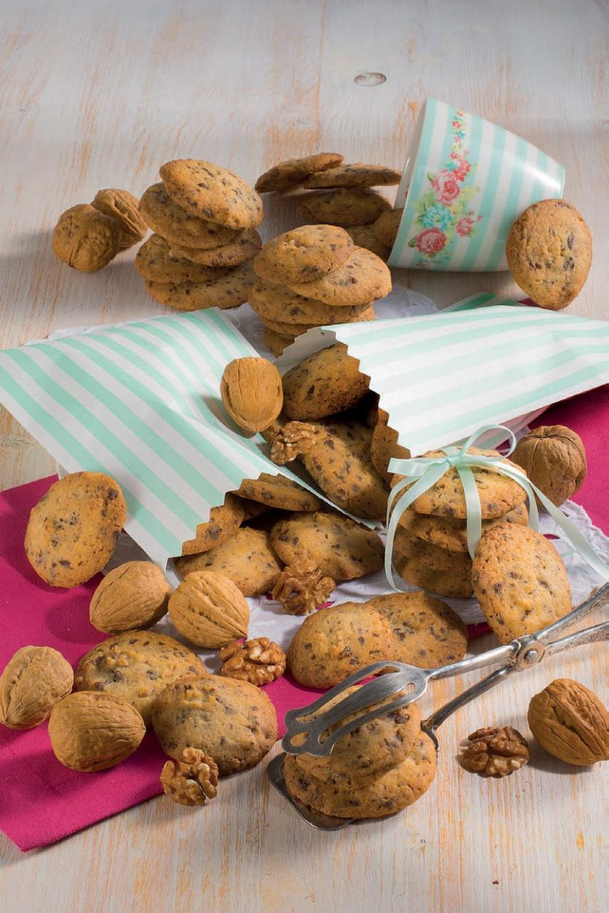 Biscotti al cioccolato e noci: pronti in pochi passaggi
