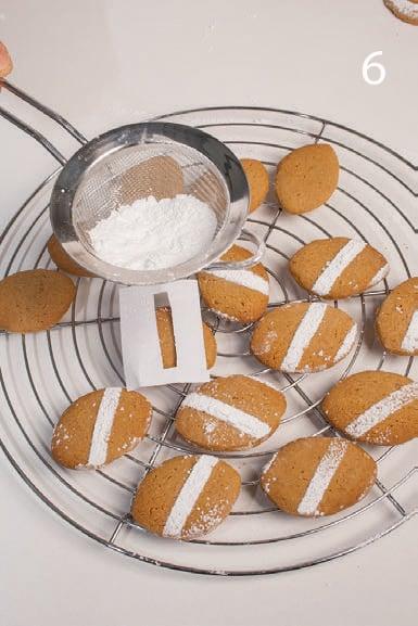 Biscotti secchi con caffè e amaretti: perfetti dopo pranzo