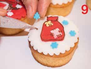 Cupcake natalizi con slitta, albero e regali