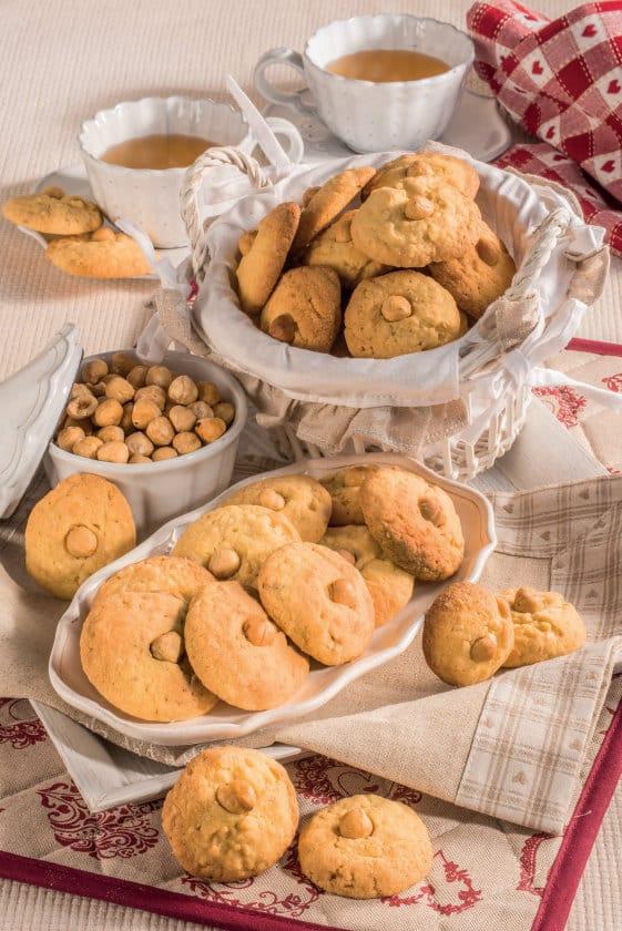 Ricetta facilissima dei Biscotti da tè alle nocciole