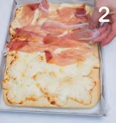Pizza con prosciutto crudo e aceto balsamico