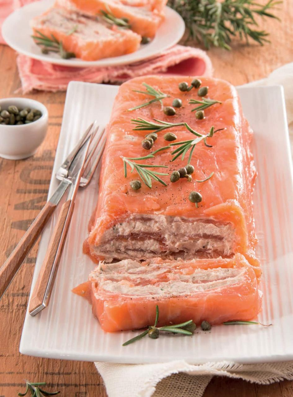 Tronchetto di salmone con cuore di mousse di tonno