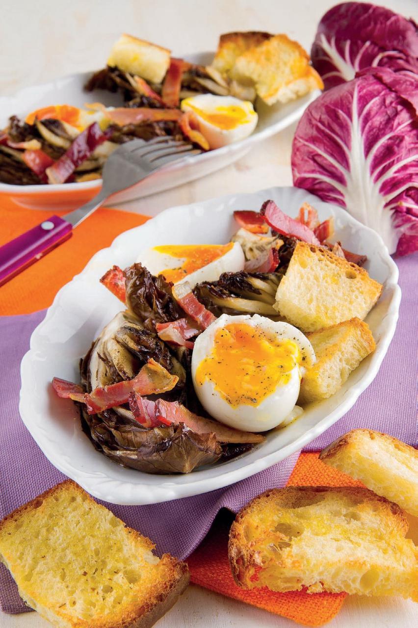 Radicchio al forno con le uova: ricetta per un secondo facilissimo