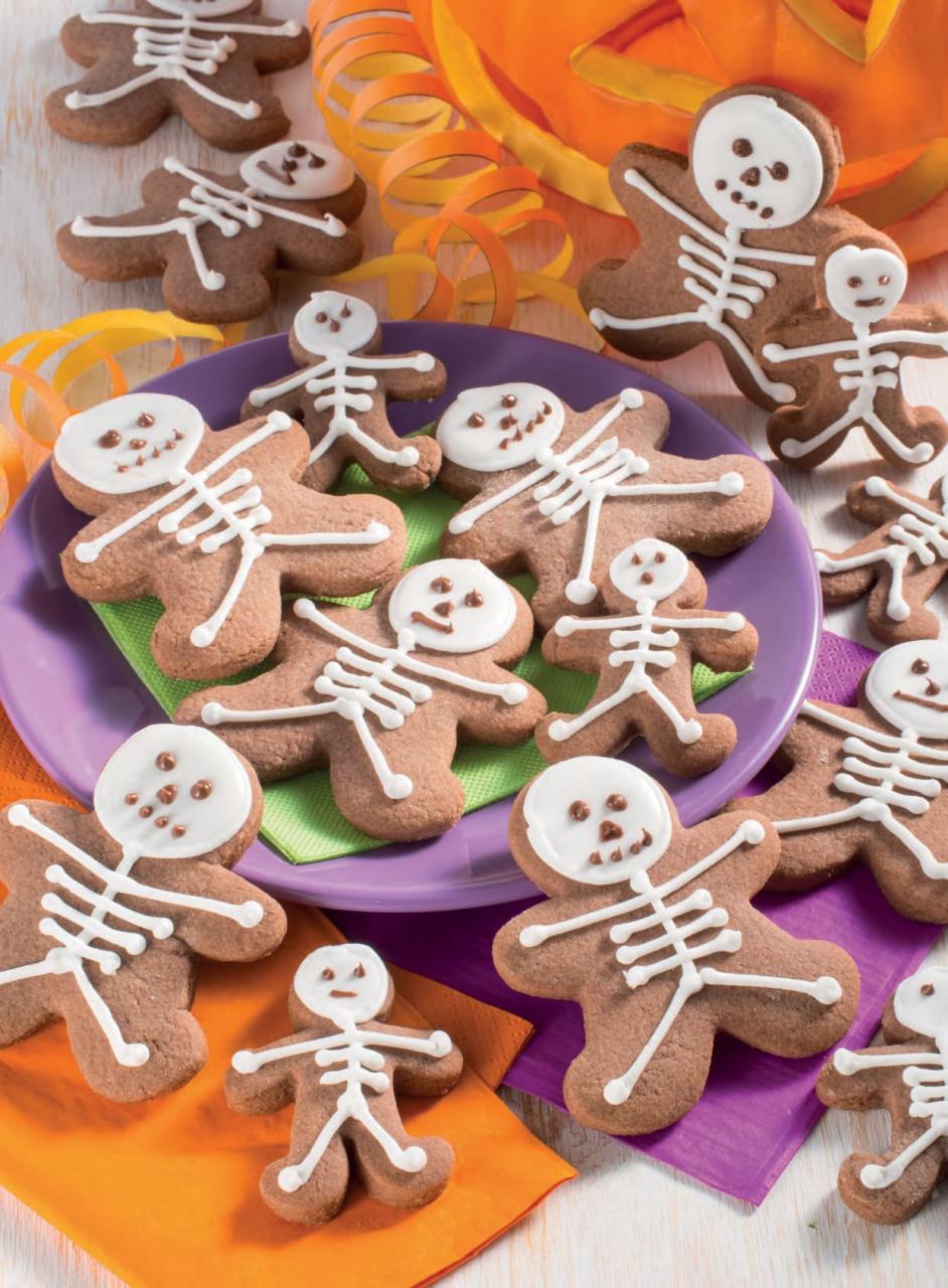 Biscotti spaventosi a forma di scheletri: ecco come prepararli