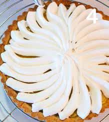 Crostata meringata con crema al limone e arancia