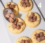 Sformatini al parmigiano con polpette di salsiccia