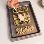 Crostoni con bietole, spinaci e prosciutto crudo