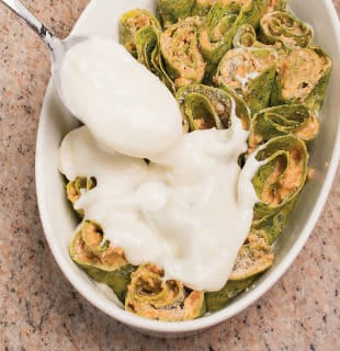 Crespelle agli spinaci con ragù di vitello e besciamella