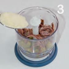 Tortino di cavolfiore con salsa alle acciughe