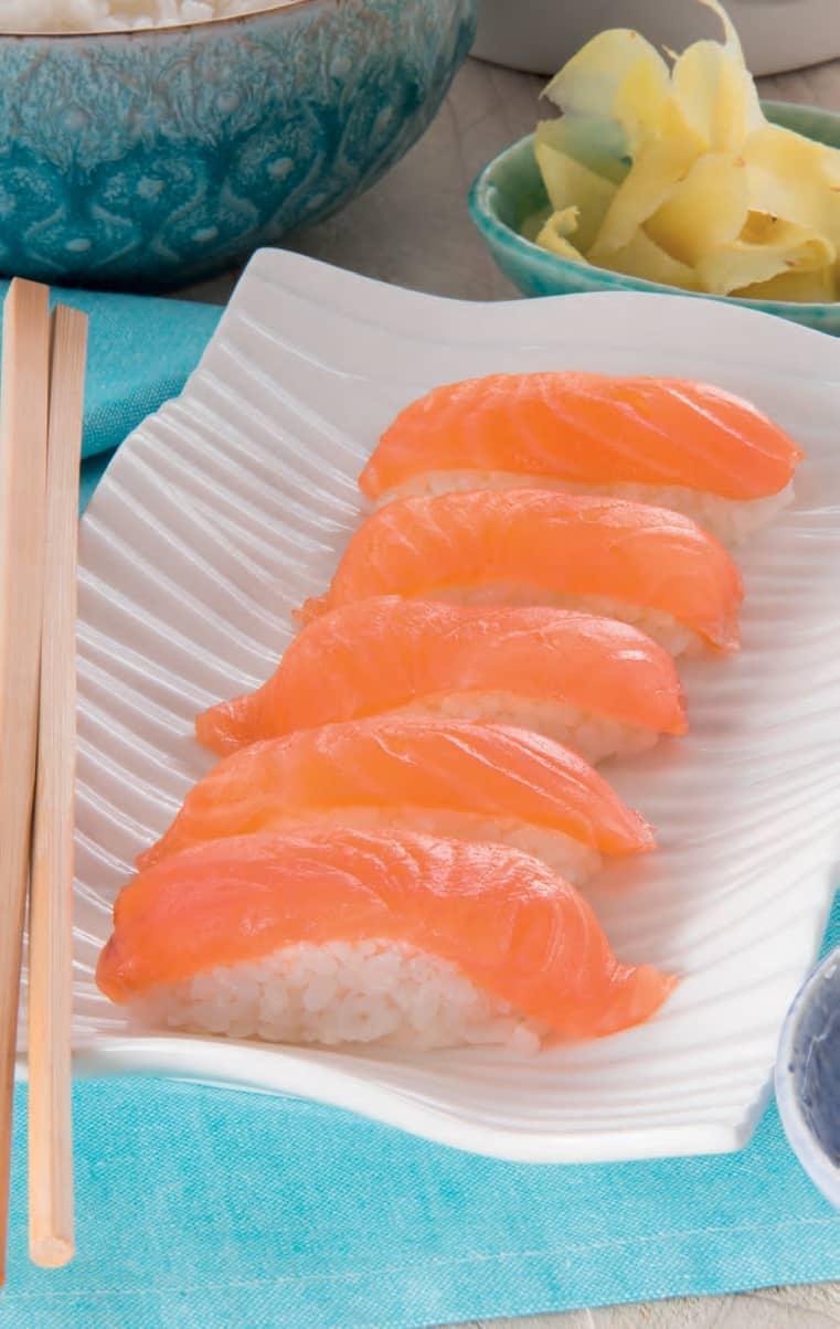 Riso base per il sushi e ricetta dei nigiri con gamberi
