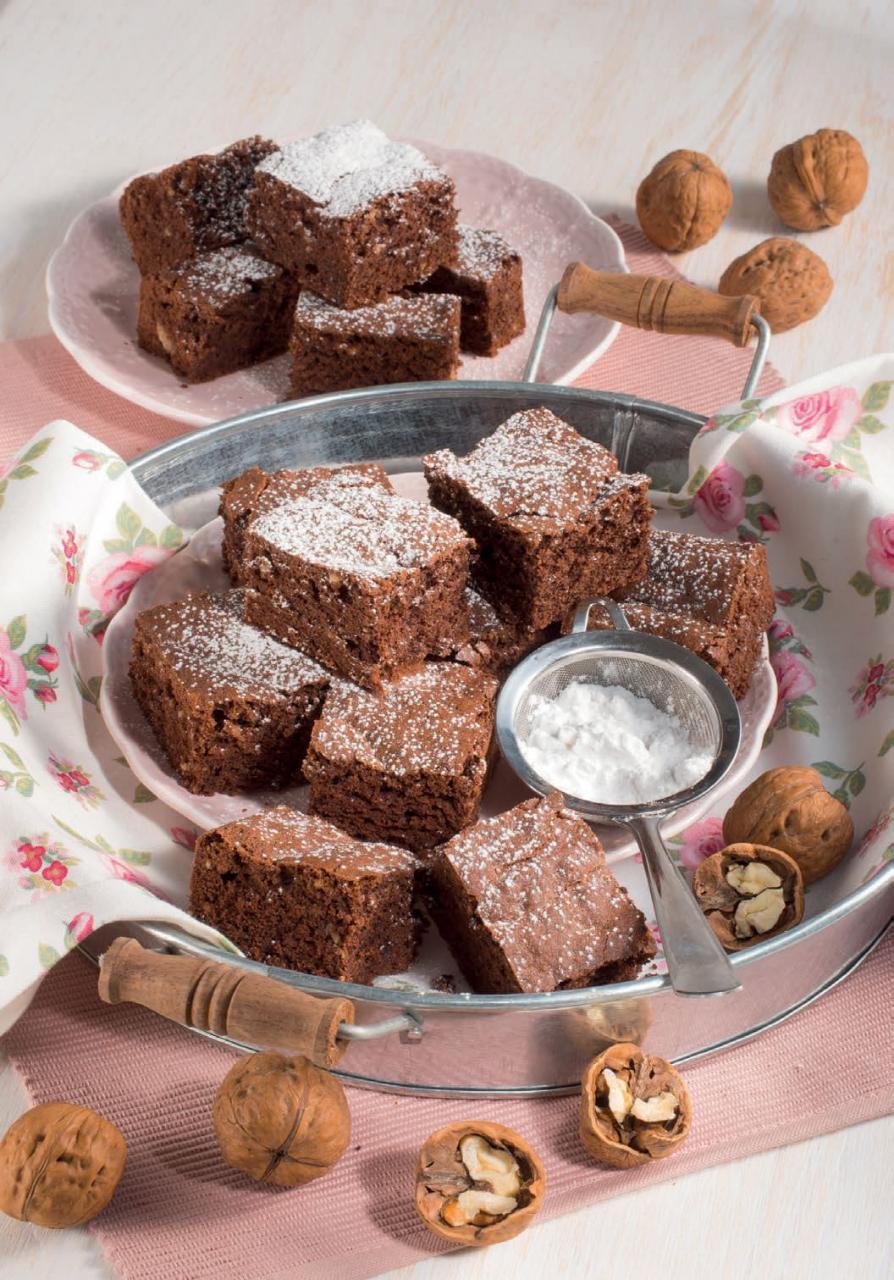 Ricetta della torta al cioccolato fondente e noci