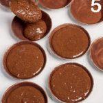 Mini torta caprese con salsa all'arancia: ricetta senza glutine
