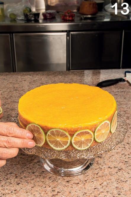 Torta con crema agli agrumi e cioccolato bianco